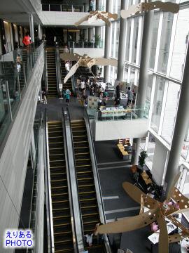 芝浦工業大学豊洲キャンパス大学開放DAY!のイベントを吹き抜けでも