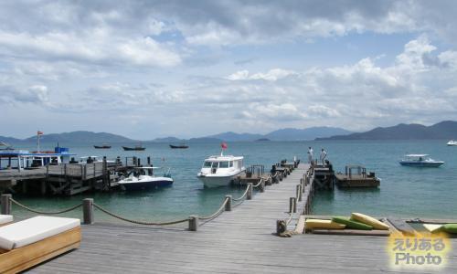 Six Senses Ninh Van Bay(シックスセンシズ・ニンヴァンベイ)の桟橋とボート