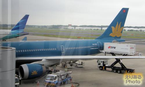 ベトナム航空機@成田空港