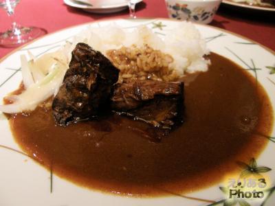 第十回東京グランメゾンチャリティーカレー シェ・イノ 牛の煮込み添えビーフカレー