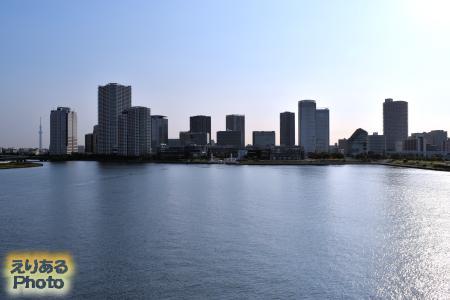 晴海大橋からのアーバンドッグららぽーと豊洲方面を望む