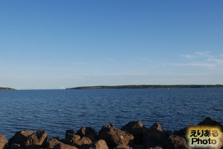 シャーロットタウンから見た海