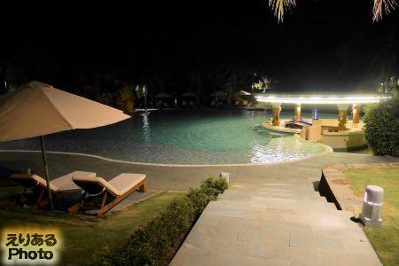 夜のPulchra Resort Da Nang(フルクラ・リゾート・ダナン)