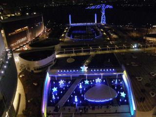 2007年のアーバンドックららぽーと豊洲のクリスマスイルミネーション