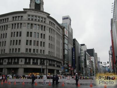 東京マラソン2010@銀座4丁目交差点