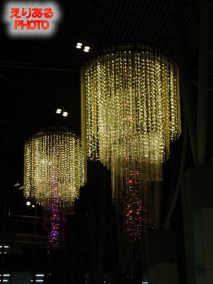 2011年の丸の内オアゾのクリスマスイルミネーション
