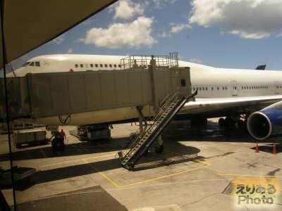ホノルル国際空港 デルタ航空ボーイング747 DL607便