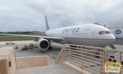 ユナイテッド航空UA873