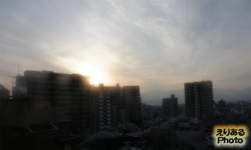 富山マンテンホテルから見た朝陽