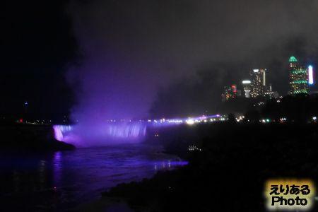 ナイアガラの滝 ライトアップ