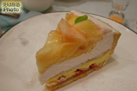 桃とチーズのタルト@キルフェボン グランメゾン銀座店